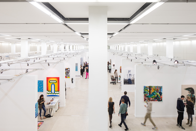 The 9th Cosmoscow International Contemporary Art Fair was successfully held in the Central Manege