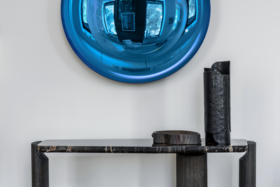 Intense blue Christophe Gaignon (b. 1966)  Glass, coloring elements & silver  118 cm Unique  2019  Courtesy Booroom Gallery X Christophe Gaignon