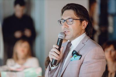 Аукционист Андрей Малахов
